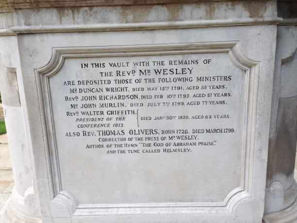 2013-9-26 John Wesley grave inscription